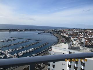 Ponta Delgada Marine Apartment - Ponta Delgada vacation rentals