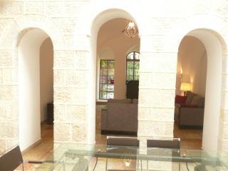 Yemin Moshe  - HATIKVA 29 - Jerusalem vacation rentals