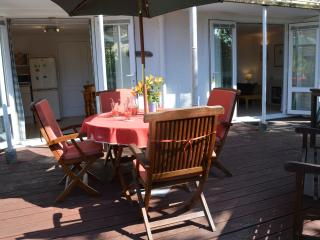 Sea Thrift, Niton near Ventnor in lovely grounds - Niton vacation rentals