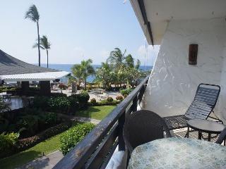 Casa de Emdeko 233 - AC Included at Ocean Front Complex! - Kailua-Kona vacation rentals