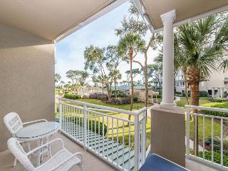 Hampton 6104, Oceanfront View, Updated 1 bedroom, Large Pool, Jacuzzi - Hilton Head vacation rentals