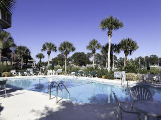 Yacht Club 7536, Luxury 3 Bedrooms, Large Pool, Spa, Sleeps 8 - Hilton Head vacation rentals