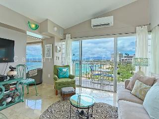 Penthouse condo with million-dollar ocean views! Free parking and WiFi! - Waikiki vacation rentals