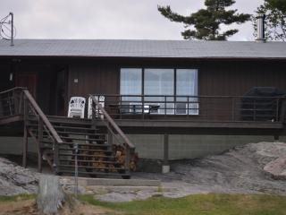 Beautiful cottage on Georgian Bay - Nobel vacation rentals