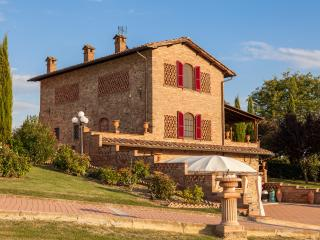 Wonderful Tuscan style Villa Lapo with pool - Foiano Della Chiana vacation rentals