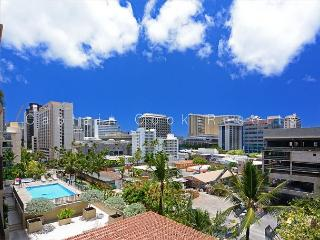 Four Paddle 1 Bedroom with AC, W/D, FREE parking, WiFi, walk to beach! - Waikiki vacation rentals