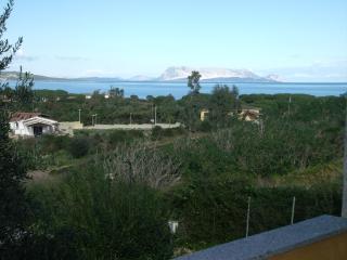 Quadrilocale vista mare a Baia S.Anna - Budoni vacation rentals