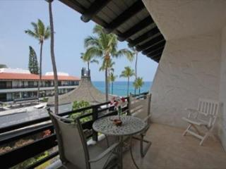 Casa De Emdeko 332- Amazing Oceanview, Top Floor, AC included! - Kailua-Kona vacation rentals