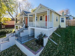Modern Vintage Bungalow Walking Distances - Omaha vacation rentals