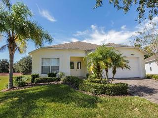 SUNNY SIDE: 4 Bedroom Pool Home in Gated Community with Pool Area Privacy - Davenport vacation rentals