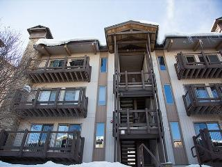 Year Round Fun at a 2BR + Loft Condo in Snowmass - Snowmass Village vacation rentals