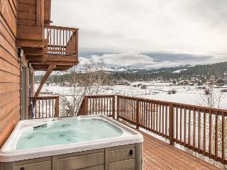 Massive 6BR Truckee Home on Glenshire Pond - Truckee vacation rentals