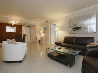 Miami Beach 711 Clean & Cozy Apartment w/ Ocean Views - Miami Beach vacation rentals