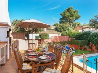 Beautiful Chalet with Internet Access and Washing Machine - Cala San Vincente vacation rentals