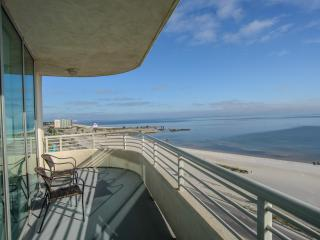 Ocean Front Views From Large Wrap-Around Balcony - Biloxi vacation rentals