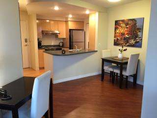 Executive 1BR+Den Suite with View - Vancouver vacation rentals