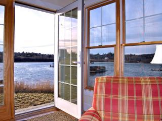 Water's Edge -  Frisky Fish Cottage & Bunkhouse - Machiasport vacation rentals