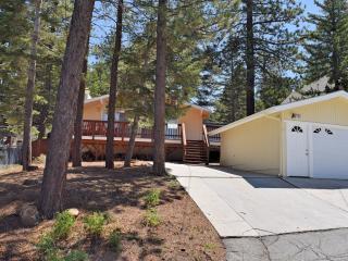 3 bedroom Cabin with Deck in Big Bear Lake - Big Bear Lake vacation rentals