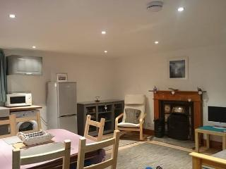 Perfect 2 bedroom Johnshaven Cottage with DVD Player - Johnshaven vacation rentals