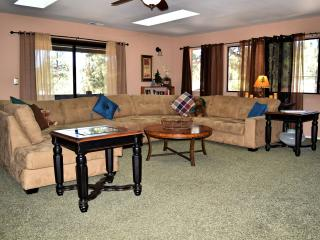 Gorgeous Big Bear Lake vacation Cabin with Deck - Big Bear Lake vacation rentals