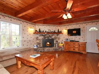Gorgeous Cabin with Deck and Internet Access - Big Bear Lake vacation rentals