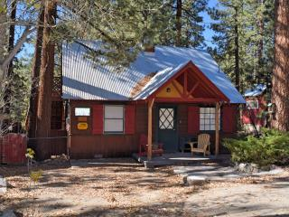 Nice Cabin with Deck and Internet Access - Fawnskin vacation rentals