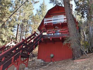 Cozy 2 bedroom Cabin in Big Bear City - Big Bear City vacation rentals