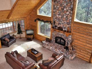 Perfect 4 bedroom Big Bear Lake Cabin with Deck - Big Bear Lake vacation rentals