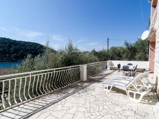 Guest House Boroje - Three Bedroom Apartment with Terrace and Sea View - Sipanska Luka vacation rentals