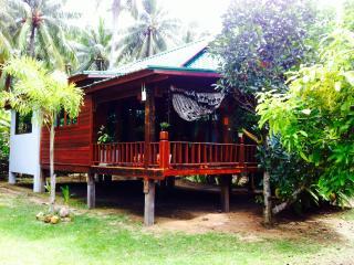 Ko Phagan Beautiful Seaview House - Surat Thani vacation rentals