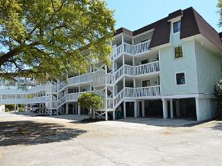 Nice Condo with Deck and Internet Access - Kure Beach vacation rentals