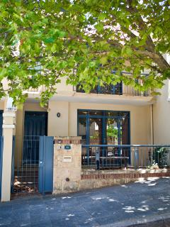 Cozy 3 bedroom House in Perth with Internet Access - Perth vacation rentals