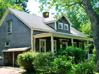 Luxurious Country Farm House (392) - West Tisbury vacation rentals
