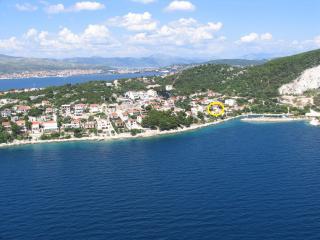 Dragoljub  A1(4+1) - Okrug Donji - Okrug Donji vacation rentals