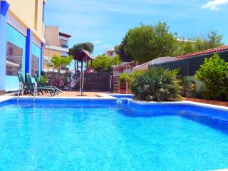 Comfortable 1 bedroom Tarragona Condo with Internet Access - Tarragona vacation rentals