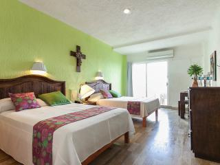 Super Apart in The best  beach - Cancun vacation rentals