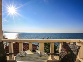 TH03423 Rooms Mario / Double room S7 - Podstrana vacation rentals