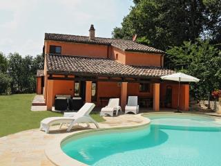 Nice Villa with Internet Access and Dishwasher - San Lorenzo in Campo vacation rentals