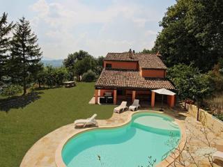 3 bedroom Villa with Internet Access in San Lorenzo in Campo - San Lorenzo in Campo vacation rentals