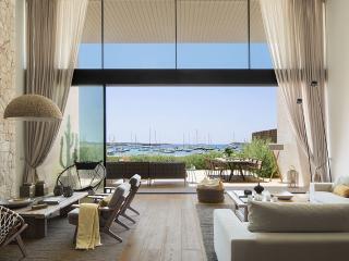 4 bedroom Villa with A/C in Colonia de Sant Jordi - Colonia de Sant Jordi vacation rentals