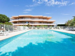 Location saisonniere appartement 2 pieces - Antibes vacation rentals