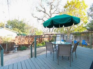 Right in the Heart of Paso Robles on the Desirable West Side. - Paso Robles vacation rentals