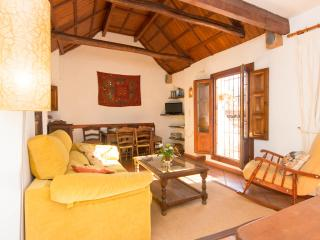 Holiday home with wonderful views to the Alhambra - Granada vacation rentals