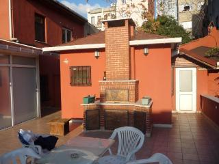 Compact Cute Flat, Taksim/Beyoglu - Istanbul vacation rentals