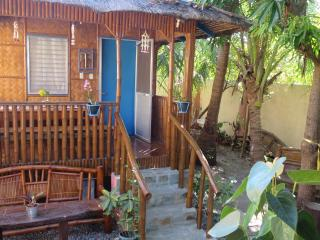 Cute cool Blue Kubo near the White sandy beach - Anda vacation rentals