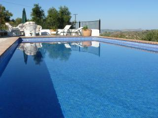 Country property , breathtaking views, Pool, WIFI - Fuentes de Cesna vacation rentals