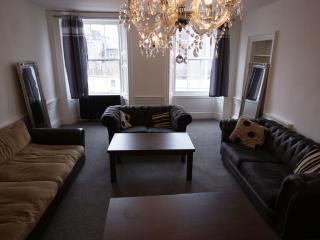 Princes Street Top Floor Apartment 25 Beds - Edinburgh vacation rentals