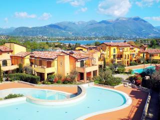 Lake Garda H5, 2 BDR - Manerba del Garda vacation rentals