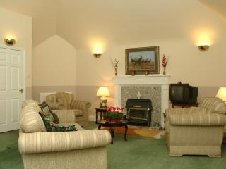 Sable Holiday Apartment in Pitcairlie House - Newburgh vacation rentals