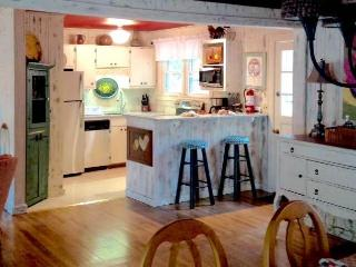 Comfortable 2 bedroom House in Highlands - Highlands vacation rentals